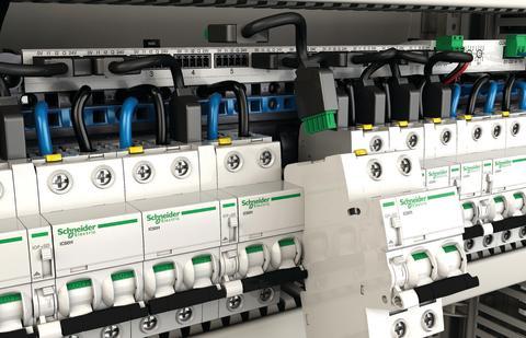 El-branchen stiller større krav til tavlekomponenter