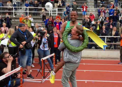 Näst bästa tiden i ASICS Stockholm Marathons historia