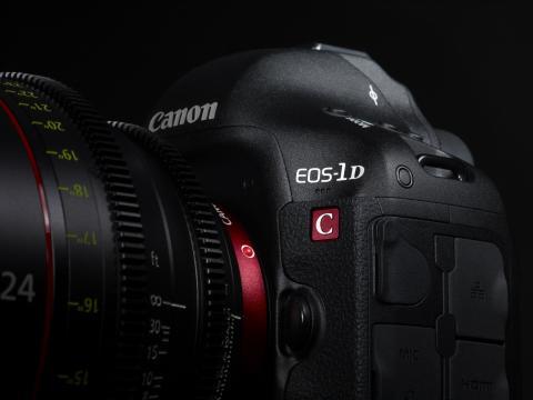 EOS-1D C_Creative