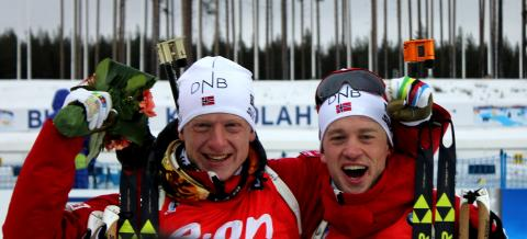 Brødrene Bø jubler etter medaljer på sprinten, VM Kontiolahti 2015
