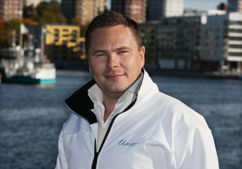 Andreas Johnsson, Uno Telefoni
