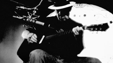 Neil Youngs Le Noise-film har premiär på YouTube 30 september