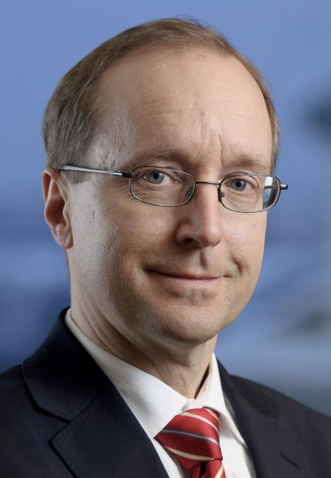 Prof. Dr. Laurenz Czempiel