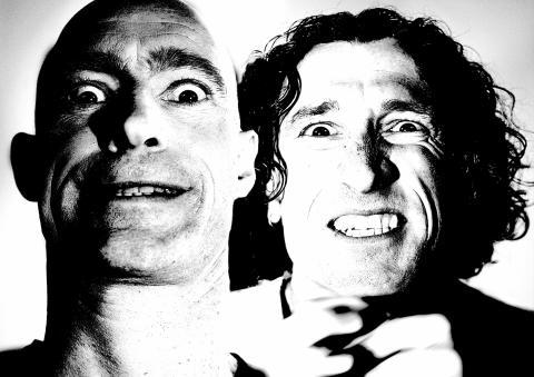 Sverigepremiär för spektakulära komikerduon The Umbilical Brothers nya show