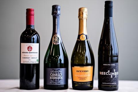 Viking Line sålde tre miljoner liter vin under 2015