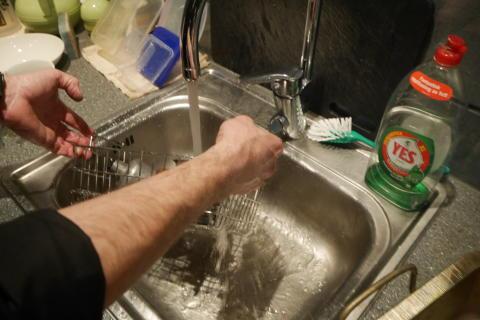 Rengöring av förgasare med Pela ultraljudstvätt - Steg 6