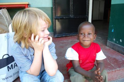 Linas Matkasse uppdaterar direkt från Kenya - via Facebook och en mobil!