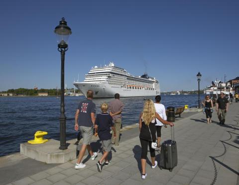 Nära en halv miljon kryssningspassagerare spenderar en halv miljard i Stockholm