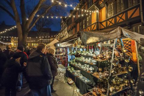 Tre adventsweekender kan man få et kig ind bag murene i Quedlinburgs private købmandsgårde
