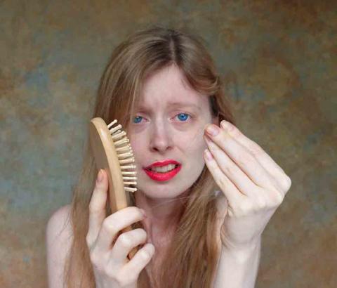 Tappar du för mycket hår? Det här kan vara orsaken