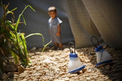 """IKEA-kampanjen """"En liten lampa kan göra stor skillnad"""" gav 30,8 miljoner euro till människor på flykt"""