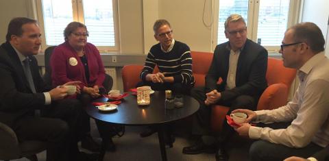 Stefan Löfven besöker Arctic Business incubator och får träffa några av de framgångsrika medlemsföretagen