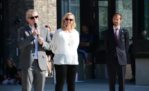 Gründerdirektør i Innovasjon Norge, Bård Stranheim, rektor Elisabeth Palmgren og byråd Hallstein Bjercke holdt taler ved åpningen.