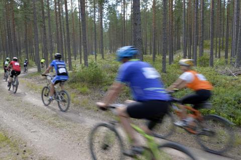 8000 var anmälda till CykelVasans olika lopp under fredagen i Vasaloppsarenan