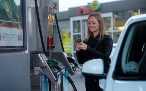 Dankort smelter sammen med app til tankstationen