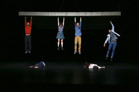 Våghalsigt cirkus om livet som en balansakt