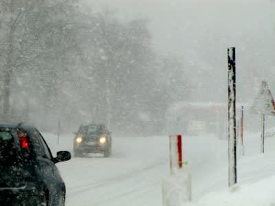 Autos rechtzeitig auf Winterreifen umrüsten