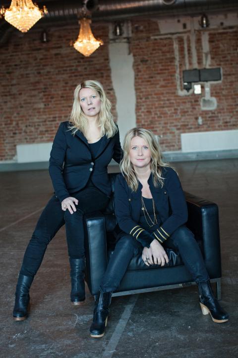 Anna Eklund (vänster), Lottis Sparrman (höger) - House of Lola