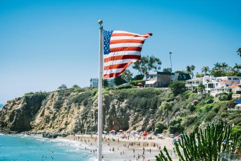 Pengar och USA i topp bland utlandsintresserade