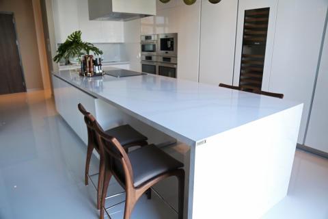 kitchen_countertop_by_silestone_calacatta_gold_Roberto_Migotto_7