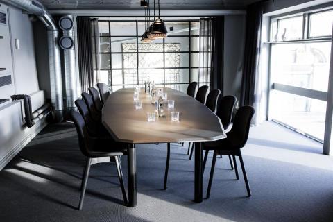 """Flora Workspace, Konferensrum """"Loftet""""."""