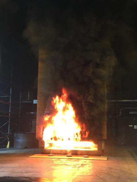 Brandkrav i fasad utan beständiga egenskaper är inget brandskydd.