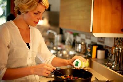 Pätkäpaasto ja täysiarvoinen ruokavalio laihtumisen tukena