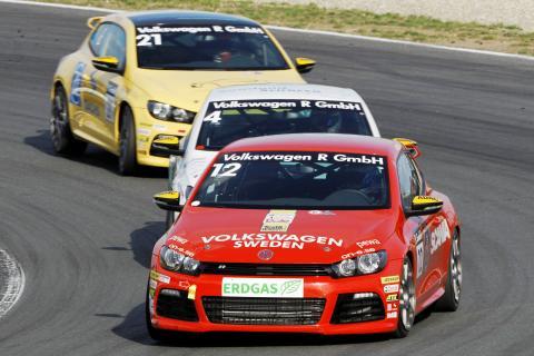 Säsongsfinal för Ola Nilsson i Volkswagen Scirocco R-Cup