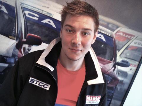 STCC-förare kör Clio Cup JTCC – Dick Sahlén är tillbaka