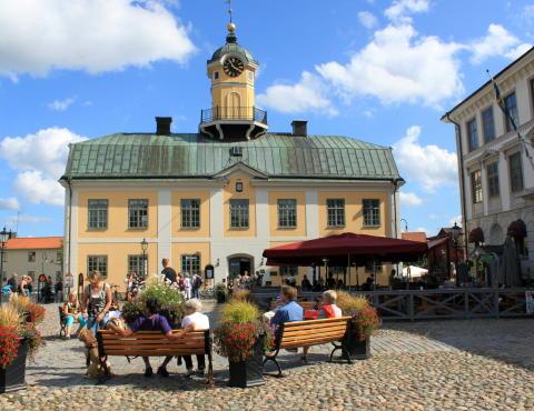 Söderköpings kommun tog in interimschef under pågående rekrytering