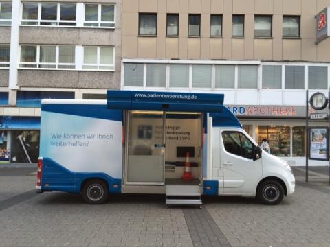Beratungsmobil der Unabhängigen Patientenberatung kommt am 8. Mai nach Wuppertal.
