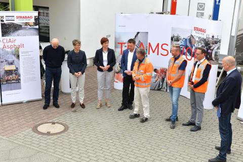 4) Einbau Clean Air Asphalt in Geltow, Brandenburg