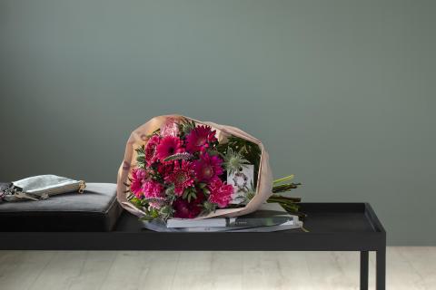 Rosa sløyfe-bukett