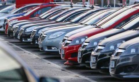Försäljningen av begagnade personbilar ökade med 4,9 % i juni