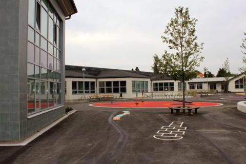 Den nya skolan slår upp dörrarna