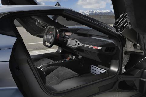 Ford GT interior