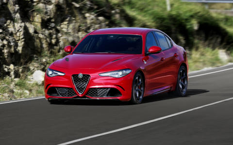 Alfa Romeo Giulia (09/2015)
