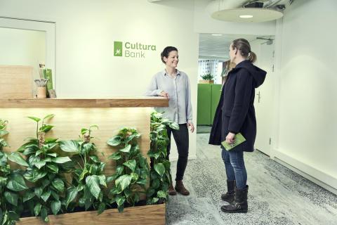 Resepsjonen i Cultura Bank 2