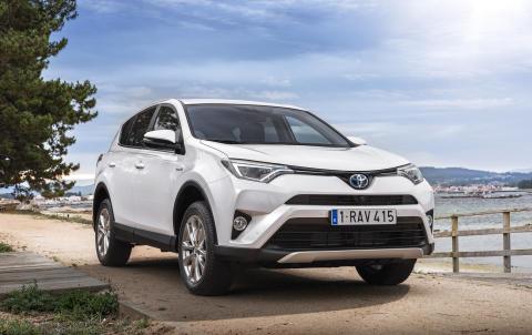 RAV4 Hybrid var Toyotas mest solgte hybridbil i 2016