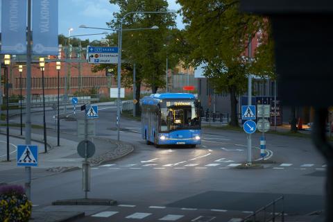 281 buss skovde 31 TH 15