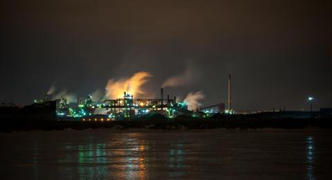 Låg cybersäkerhetsmedvetenhet i olje- och gasindustrin -  en stor miljörisk