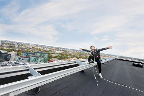 Solceller installerat på Quality Hotel Friends! / Petter A. Stordalen