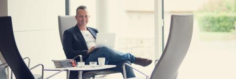 Jan Blomström byter plattform