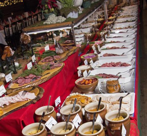 Rödbetsglass och rådjursstek på Tyrols Vilda Julbord