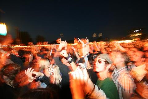 Debatt om festivaldöden på Live at Heart