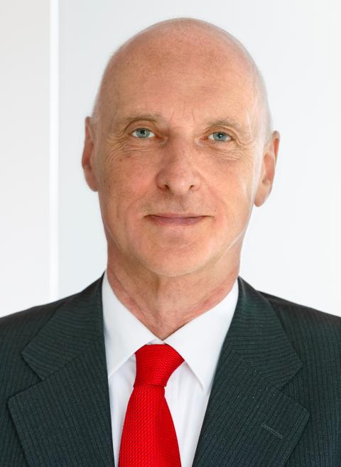 Dr. Michael Fischer