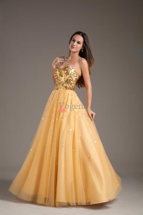Hur man väljer rätt balklänning i rätt färg