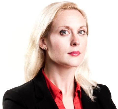 Författaren Lisa Bjurwald till Teskedsorden
