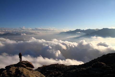 EHM_Hans Thurner_über den Wolken_kl