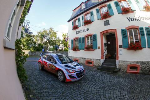 Thierry Neuville i Rally Tyskland